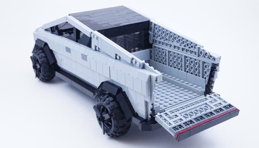 Cybertruck Lego Kit